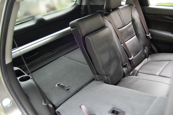 Kia Sorento Review Middle and Third Row Fold-down Seats
