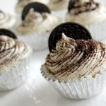 Easy Cookies and Cream Cupcakes Recipe