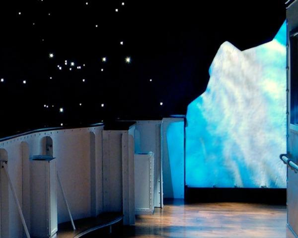 Titanic Iceberg Pigeon Forge