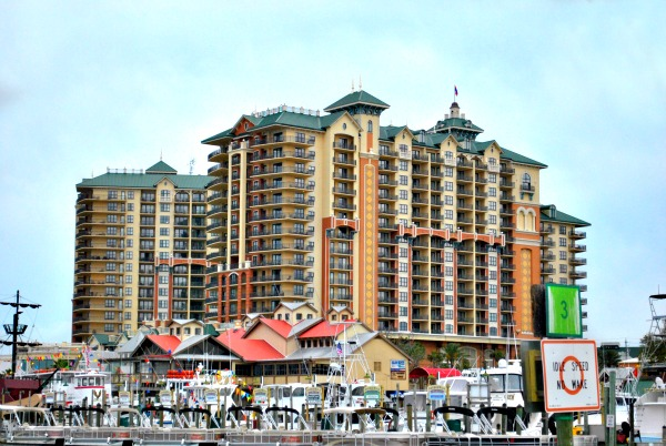 Harborwalk Destin, Florida Emerald Grande