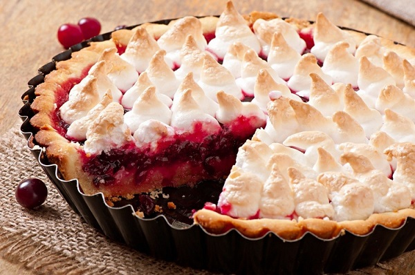 Winter Fruit Pie Recipe - Perfect for Holiday Parties