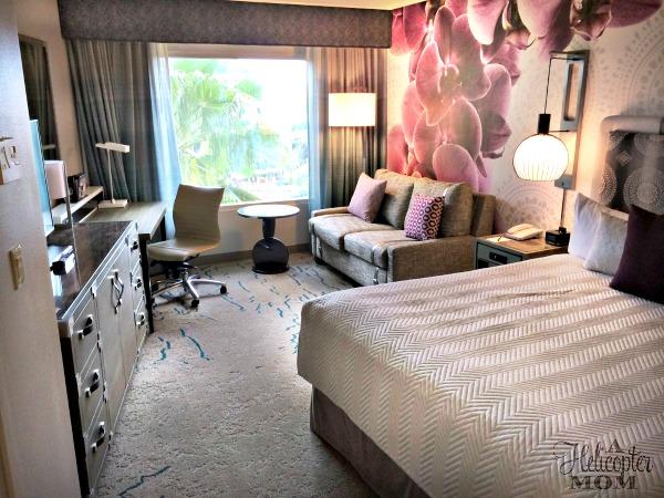 Gorgeous King Room at Loews