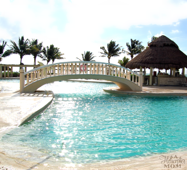 Dreams Tulum - Beautiful Pool with Swim-up Bar