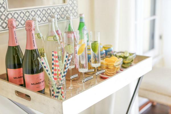 How To Throw The Perfect Housewarming Party A Helicopter Mom