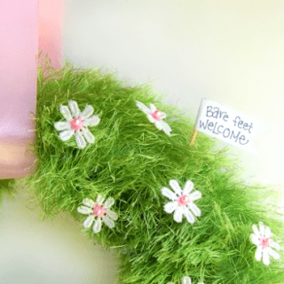 Easy Baby Grass Spring Wreath DIY