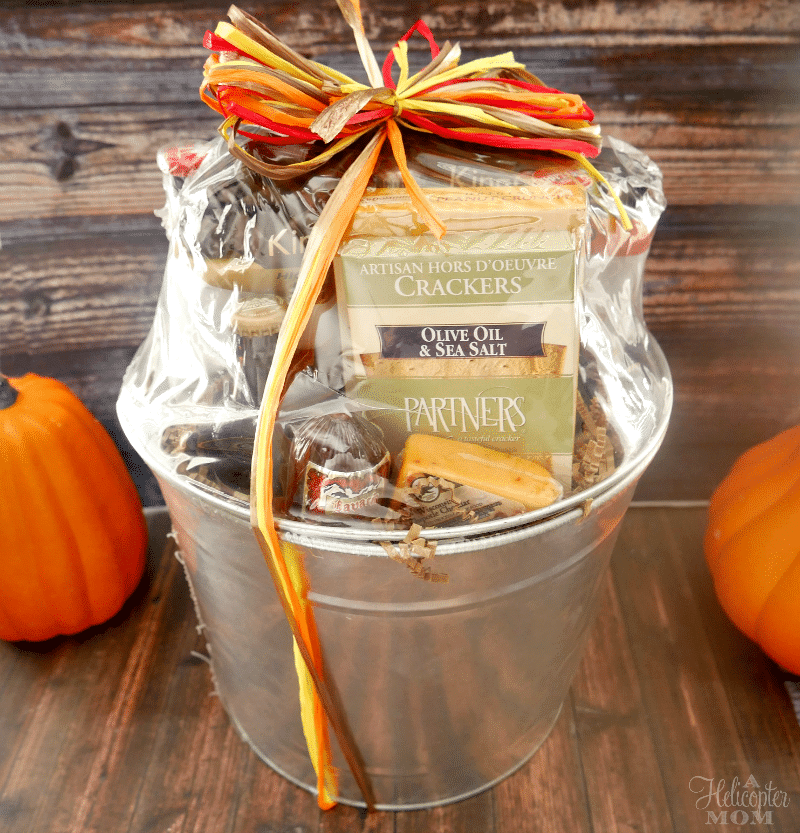 awesome-gift-ideas-fall-seasonal-beer-bucket