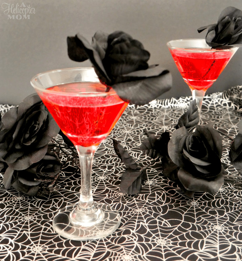 easy creepy halloween drinks vampires blood halloween cocktail - Easy Alcoholic Halloween Punch