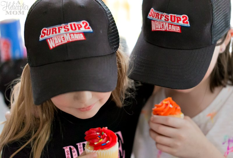Surf's Up 2: WaveMania Party Cupcakes and Fun