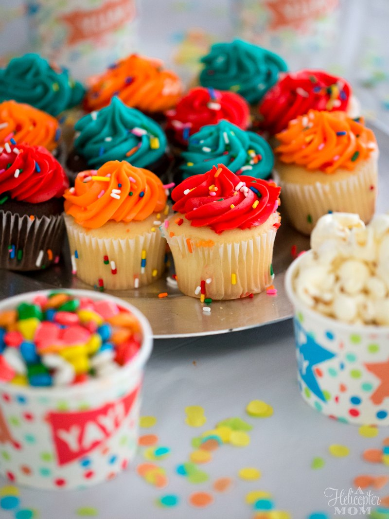 Surfs Up 2: WaveMania Party Cupcakes