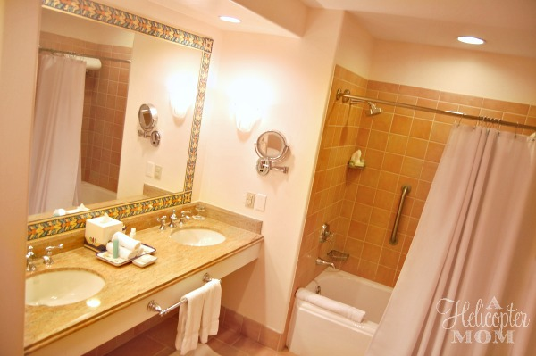 Portofino Bay Hotel Bathroom - Universal Orlando