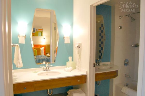 Cabana Bay Beach Resort Bathroom