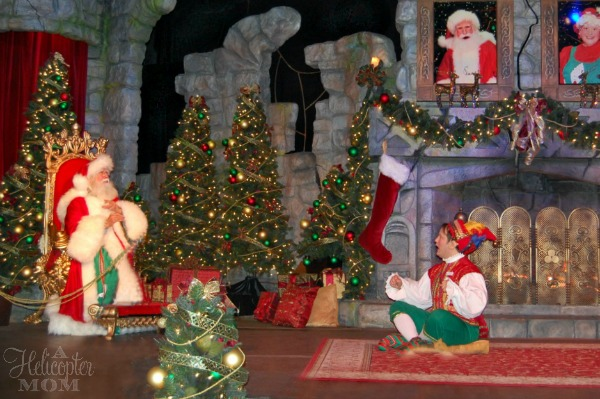 Santa's Fireside Chat - Christmas Town Busch Gardens