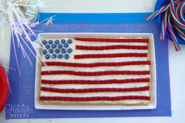 Super Easy American Flag Dessert