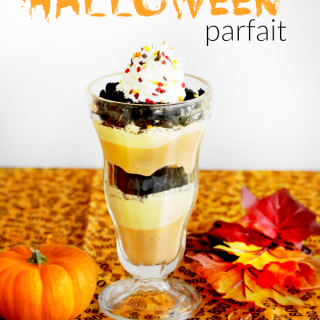 Super Easy Halloween Parfaits  #SnackandSmile