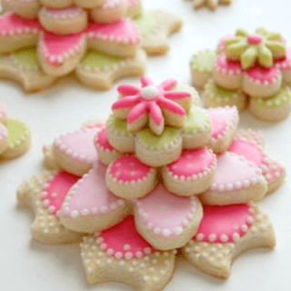 Gorgeous Stacked Flower Cookies Recipe