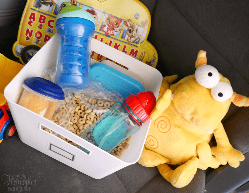5 Ways to Keep Toddlers Happy in the Car on Trips