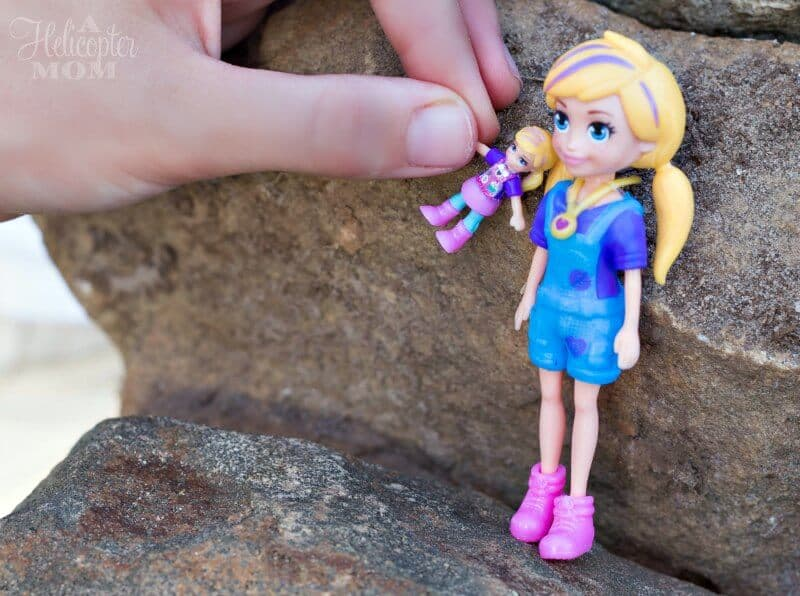 Fun for Kids - Playing with Polly Pocket Sets